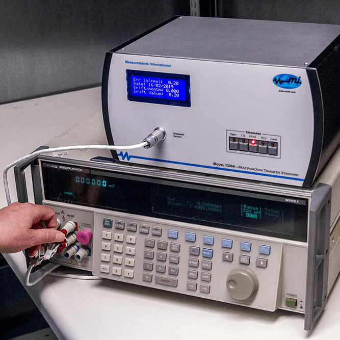 1330A Automated Artifact Calibrator